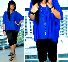 Carrie Rivera - Diy Blue Shirt, People Are Studded Sandals - Into The Blue