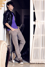 Gerry Robinson - H&M Leather Jacket, Topman Purple Shirt, People Are Gray Skinny Jeans, Traffic Bronze Highcut Sneakers, Bazaar Gold Bracelet, By Chynna Gonzalez Ring Necklace - Party Rock