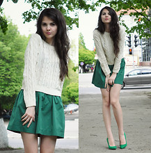 Doina Ciobanu -  - Green Skirt