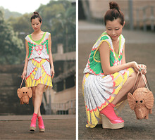 Mayo Wo - Let Me Be Sequin Dress, Kate Spade Elephant Basket, Red Valentino Pink Wedges, Green Scalloped Vest - Hakunamatata