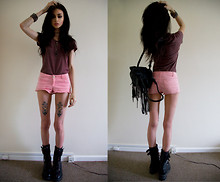 Felice Fawn - Topman Purple Top, Topshop Pink Shorts, Black Boots, Topshop Black Leather Rucksack - Army Purple