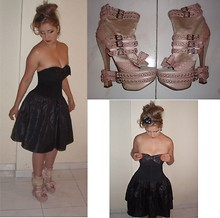 Julieta O - Chanel Vintage Dress, Christian Dior Shoes - Bows, bows and bows