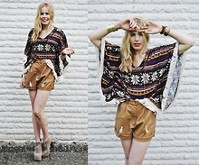 Frida Johnson - Cape, Jeffrey Campbell Shoes, Cubus Shorts - BORN TO BE AN INDIANA