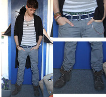 Andrew P - Topman Dinosaur Underwear, H&M Blue Belt, Primark Stripy Vest, H&M Black Cardigan, River Island Brown Canvas Boots, Adidas Grey... Chinos?, Ebay Chain - Let's make this happen girl ♪