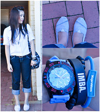 Brrrrrr Rr - Toms Shoes, Nike Watch, Apple Bottoms Jeans, Valleygirl Boyfriend Shirt - Watch #2 - True blue