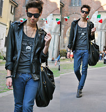 Gianni Sarracino - Marc By Jacobs Limited Edition Celebration Vest, Marc By Jacobs Hillier Hobo Bag Huge, Prada Ankle Boots - Happy 10th Anniversary MARC JACOBS