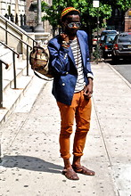 Kadeem Johnson - Shades Of Greige Blazer, H&M Shirt, Zara Pants, Topman Sandals, Vintage Bag - COLOR BLOCKING