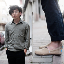 Pascal Grob - Moscot Miltzen Glasses, American Apparel Denim Shirt, Albam Navy Cotton Chinos, Toms Natural Burlap - 5811700178