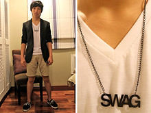 James Jason Martin - Onésimus Black Slim Fit Pinstripe Suit, Hanford White V Neck Tee, Woah Dsgns Swag Necklace, 21men Khaki Walk Shorts, Artwork Black Boat Shoes - Swag Formality