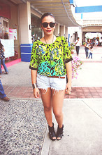 Ish Manuelle - Malaysia, Dad's Batik Blouse, Pink Manila Tattered Shorts, Parisian Patented Wedges, Sm Department Store Sunnies - La Liga Filipina.