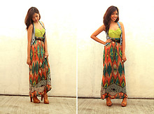 Gela Muñoz - Phoebe's Closet Green Bandeau, Space Mom's Maxi Dress, Jeffrey Campbell Dupes - Mum's Maxi Dress