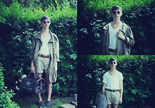Oliver Anton - B&Co. Boat Shoes, Random Sunglasses, Vintage Double Ring, Weekeday Parka, Acne Studios Tee, Vintage Shorts, H&M Belt, Vintage Bag - A sunny day in the forrest.
