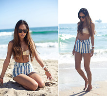 Aimee Song - H&M Bikini Zig Zag Print, Bdg Stripe High Waisted Denim Shorts - That Feeling of Summer