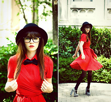 Rachel-Marie Iwanyszyn - Http://Www.Jaglever.Com, H&M Hat, Bonlook Glasses, La Dress, H&M Bow, Romwe Tights, Mary Jane Pumps - Little Red