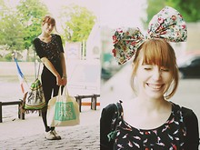 Typhaine - Urban Outfiters Headband, New Look Dress, New Look Birds Top, Vintage Bag - UO is killing me.