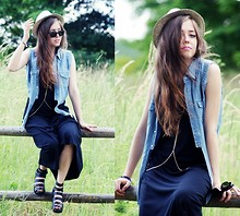 Kasia Szymków - Vintage Black Maxi Dress, Vintage Jeans Vest, Shoes, Ray Ban Sunglasses, Misbhv Body Chain - Summer vibes!