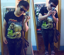 † Bửu Ngọc † - Old Shop Thailand T Shirt - I walk to school with my Elephant ♥