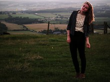 Ava S - Vintage Jacket, Vintage Lace Jumper, 2hand Weird Legging Things, Schuh Boots - Devil's Dyke