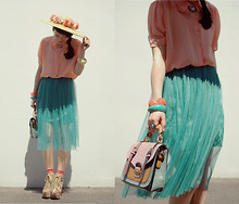 Shan Shan - Bag, Skirt - Light colors