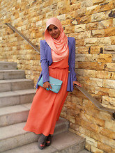 Aishah Amin. - Vintage Blazer, Vintage Dress, Dorothy Perkins Clutch - Colour Blocking.