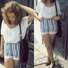 Monika Martinso - Striped Shorts, Blouse, H&M Bag - And we're lovers once again