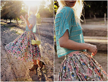 Coury Combs - Vintage Skirt, Vintage Bag, Romwe Blouse - Of the rising sun.