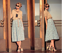 Liz Sampson - Equipment Blouse, Vintage Skirt, Urban Outfitters Bandeau, Normal Kamali Sunnies, Rachel Comey Shoes - Hot hot heat
