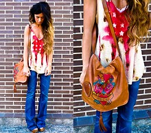 ANGELA ROZAS SAIZ - Gucci Bag, Serfontaine Jeans - AMERICAN FEVER...AMERICAN DREAM