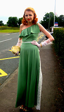Sarah Green - Decades Vintage, Blackburn 1930s Dress, Decades Vintage, Blackburn Gloves, Decades Vintage, Blackburn Gold Evening Bag, Topshop Shoes - Rita goes to prom