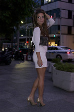 Chanyn Cheree - H&M Dress, Ferragamo Clutch, Elle Tahari Heels - Dinner date in Tokyo in Pale Pink backless dress