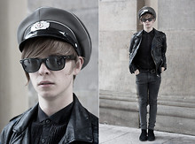 Jan Werner - Hat//, Glasses//, Shirt// - Lights black, heads bang, you're my drug