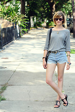 E Maille - Levi's® Shorts, Theory Sandals, Illesteva Sunglasses, Gap Top, Madewell Bracelets, Saddleback Leather Bag, Michael Kors Watch, Vintage Belt - (big) easy livin'