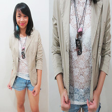 Alix Reyes - Baleno Camel Blazer, Lace Blouse, American Eagle Denim Shorts, Marisonline Feather Earring - This Place About To Blow