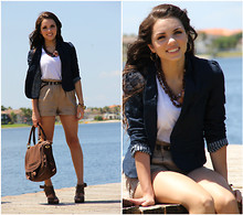 Daniela Ramirez - Mimi Boutique Necklace, Forever 21 Blazer, Mimi Boutique Bag - There's a flower in my necklace