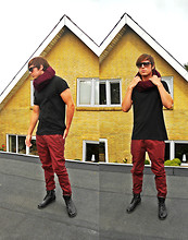 Jesper Søndergaard - Nn07 Jeans, Zara T Shirt, Asos Scarf, Ray Ban Sunglasses, Royal Republiq Boots - The roof is on fire