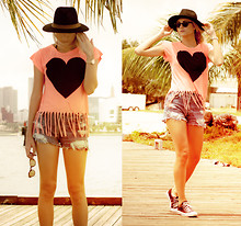 Amanda Del Duca - Tortoise And Blonde Collins, Wildfox Couture Fringe Heart Top - Heatwave