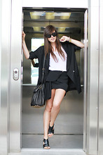 Andy T. - Acne Studios Skirt, Alexander Wang Bag, Céline Sunglasses - NEW HORIZONS