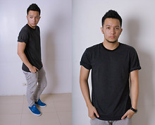 Dey Vega - Zoo York Blue Shoes, Greenhills Black Stripes - Just another day