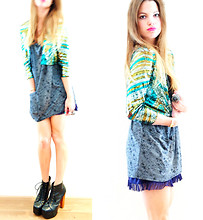 Elle * - Minimum Bleached Tee Dress, H&M Sequin Blazer, Jeffrey Campbell Ankle Boots - Glitter and glamour!