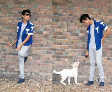 Jo Zepeda - Vintage Shirt, H&M Under Shirt, Levi's® Levi's Jeans, Ymc Navy Desert Boots - Photo-bombed by the Wolf Dog