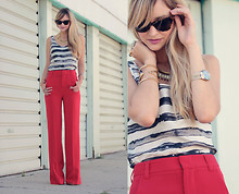 Liz Sampson - Alice & Olivia Pants, J.Crew, Norma Kamali - Having a red moment