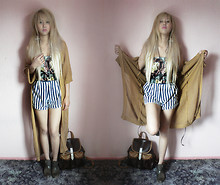Shel Duffy - Primarl Long Cardigan, Ebay Necklace, Topman Earring, Cow Bra Top, Charity Store Shorts, Primark Boots, Thailand Bag - Unknown ✝