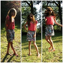 Clara Richet - Zara Red Tee, H&M Original Skirt, Laurence Dolige Classical Flats - Ecoute moi!