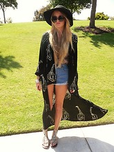 Seaghna Wilson - Forever 21 Hat, E Bay Over Sized Round Sunnies, S.O.S. Vintage Kimono/Wrap - Gypsy,fever