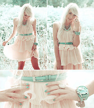 Kerti P. - Dress, Necklace, Ring, Vero Moda Belt, Trifted Oversized Watch - Oh my, a cupcake!