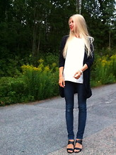 Felicia Eriksson - Cos Cardigan, Zara Top, Mq Jeans, Zara Shoes - Makes me smile