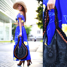 Chanok S - Vintage Market. Hawaiian Dress, Nattanun Boho Bag., Steve Madden Golden Heels, Siam Beach Hats. - When I'm feeling Blue...