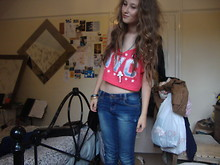 Jessica Shelley - New Look Blue Skinny Jeans, New Look Crop Top, Paris Vintage Necklace, Jack Wills Bracelet - New York City