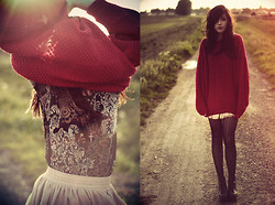 Camille Mompach - Vintage Big Red Pullover, American Apparel Jupe Nude, Jeffrey Campbell Black Leather Lita, Asos Flowery Top - BIG RED PULLOVER !