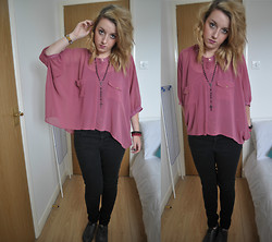 V K - Primark Bat Wing Blouse, Topshop High Waist Black Jeans, Topshop Grey Brogues, Topman Rosary Beads - My hearts a stereo